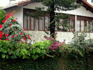 Serviced apartment in BARRA, ideal Location, Wi-Fi