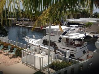 Key Largo Water Front, Large Home, Private Dock