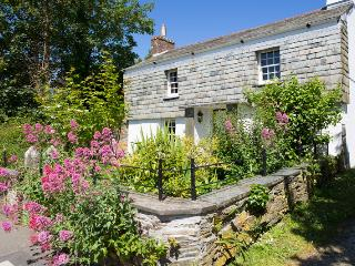 Barn Parc Cottage Grade II Listed Holiday Cottage, Wadebridge