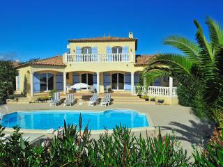 Alignan-du-Vent Villa Sleeps 6 with Air Con and WiFi - 5238457