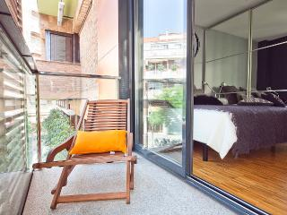 Executive Corporate Apartment Rentals in Barcelona for 6