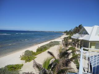Ocean Paradise Home # 4 Green - Summer Discount 20% Off