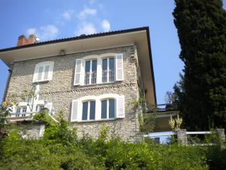 Italian Lakes Luxury villa with private swimming pool. Sleeps 11. (BFY14499)