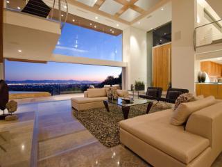 LUXURY - Stay On TOP - 10 Million Dollar Home, Scottsdale