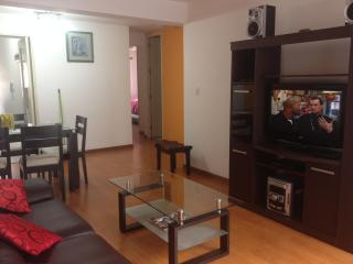Miraflores furnished  king size bed  WI-FI central