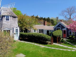 51 Eliphamets Lane (Windmill House) Chatham Cape Cod