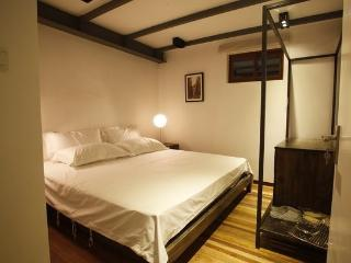 1C Unbeatable Apt French Concession, Shanghai