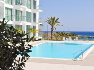 Oceanview Apartment 122 - close to the sea