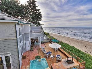 4BR/3BA Wave Rider House, Rincon Beach, with Hot Tub, Sleeps 10, Carpinteria