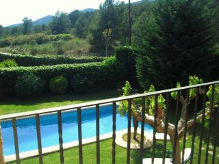 CD358 - Villa surrounded by beautiful mountains, Canyelles