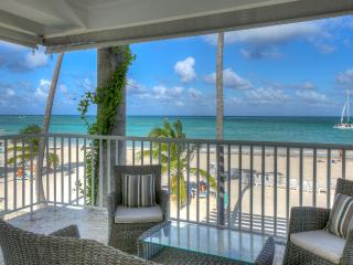 Exclusive Beachfront 3 Bedroom Apartment T-H202, Bavaro