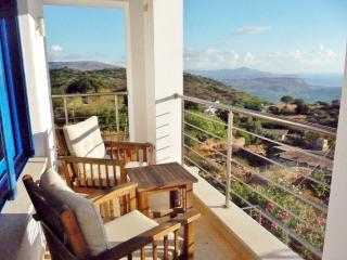 Splendid Breakfasts in Apartment-Spectacular views