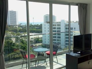 Penthouse with sea view and the best beach, Pattaya