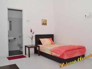Super single bed in Master Bedroom