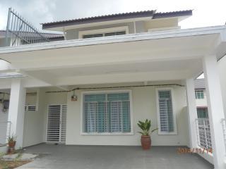 Homestay Melaka, Ayer Keroh,4 bilik 4 bilik air