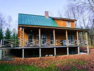 #118 Top quality, private log home on Moosehead Lake, Greenville