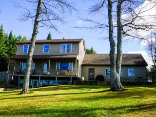 #147 Beaver Cove Beauty, Greenville