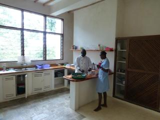 Fully equiped kitchen including staff