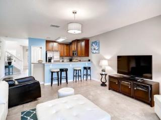 5 bedroom 3 King Master Suites, Pool, Spa and Movie Theatre. 1038CPB, Orlando