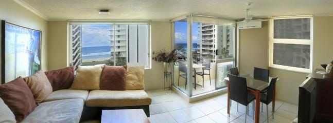 Standard 2 Bedroom Apartments with Ocean View, Surfers Paradise