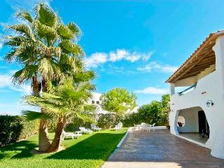 VILLA IN PLAYA DE MURO 20 METERS AWAY FROM THE SEA