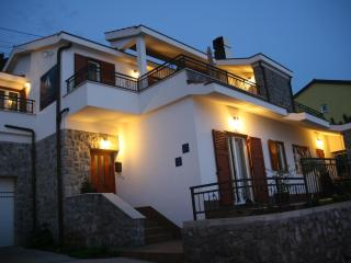 Villa Arca Adriatica****Sea View Apartment Gajeta