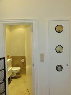 Toilet / Details
