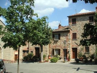 Lucignano house 6
