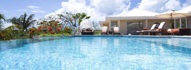 Villa Jardin Creole 3 Bedroom SPECIAL OFFER, Terres Basses