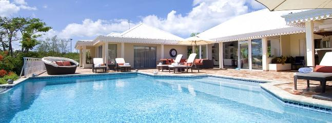 Villa Jardin Creole 2 Bedroom SPECIAL OFFER, Terres Basses