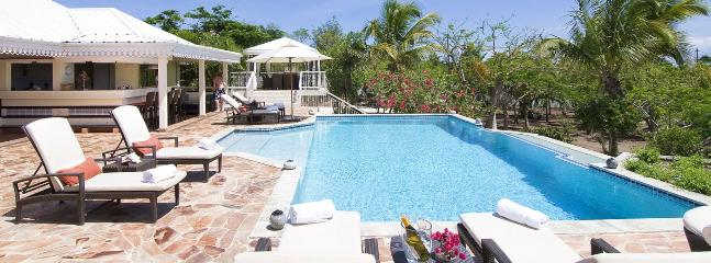 SPECIAL OFFER: St. Martin Villa 131 This Luxurious Villa Offers Generous Caribbean Sea Views., Terres Basses