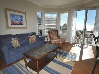 1305 SeaCrest - Pretty Oceanviews, 3rd Floor and Recently Updated, Hilton Head