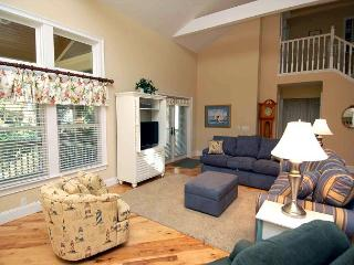 233 Beachside Home-4 Bedroom / renovated & additional 1000 sq ft added., Hilton Head