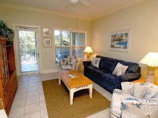 104 NorthShore Place- 2 Bedroom Villa just 100 Yards to the Beach!, Hilton Head