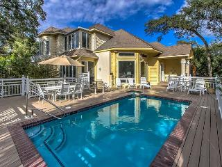 130 Dune Lane - 2nd Row Ocean w/ Pool, Spa & steps to the beach., Hilton Head
