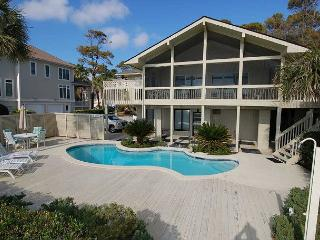 13 Dune Lane - Oceanfront with Large Screened Porch/4Bedroom, Hilton Head