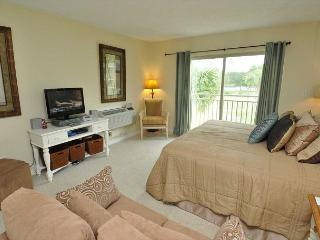 1735 Bluff Villas-1 Bedroom efficiency- Braddock Cove View, Hilton Head