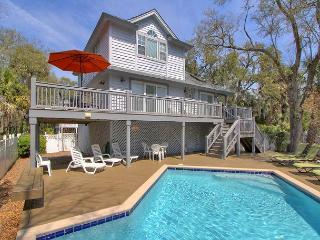 2 Sea Spray-Just Steps to the Beach 2nd Row Ocean w/ Hot Tub & Pool, Hilton Head