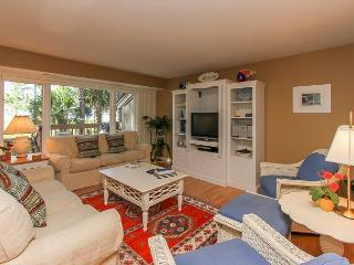 1416 South Beach Villa-Pretty Beachviews, Quick walk to Marina, Pool & Tennis, Hilton Head
