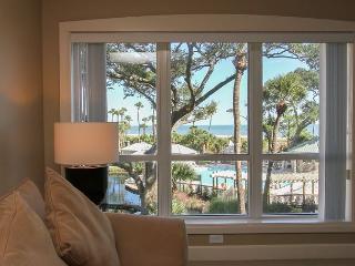 3205 WCS - Beautiful OCEANVIEW luxury villa w/ Oceanfront Pool, Hilton Head
