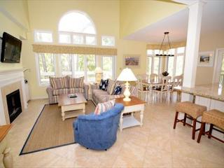 7636 Huntington-Heated Pool/Spa March & April, 5 Bedrooms- Beautiful!, Hilton Head