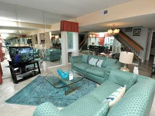452 Captains Walk-5 Bedroom OCEANFRONT Penthouse