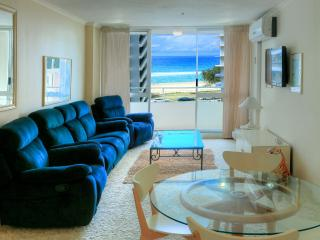 Superior 2 Bedroom Apartment with Ocean View Unit 12 Level 2