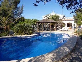 Wonderful villa in huge beautiful garden near sea, Javea