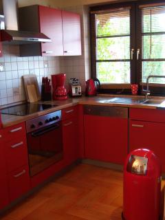 offene moderne Einbauküche
