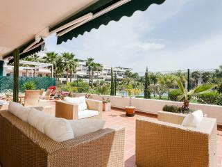Apartment in a top of the range residence, Marbella