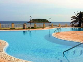 2002-Apartment Es Canar (50 m. to beach)