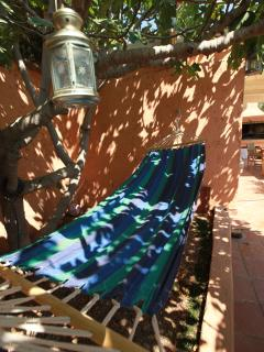 Shadow hammock
