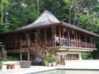 Romantic 1 Bedroom Cottage in Dominical