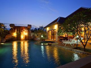 Namtok Villa, Bang Lamung